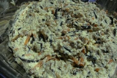 ひじき煮+豆腐+小麦粉