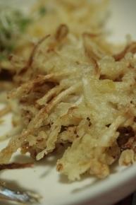 もやしの天ぷら ・・・うーんあまり美味しく無かったわ(-公- ;)