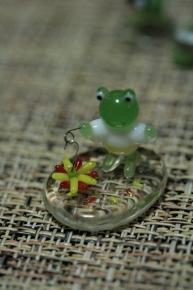 花火カエル