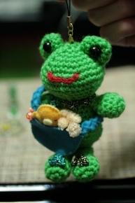 編みぐるみカエル